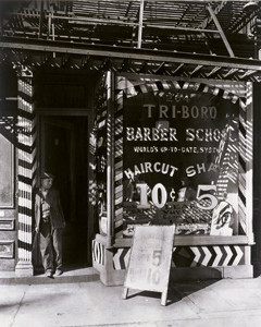 3-Berenice_Abbott_in_1935_-Westwood-Gallery_-portfolio-IV_photograph_silver-gelatin_-vintage_black-and-white_NYC_New-York_