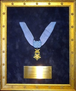 Congressional Medal of Honor_plexiboxes_shadowboxes_memorabilia framing_medals_sports jerseys_​document framing_archival_framing_