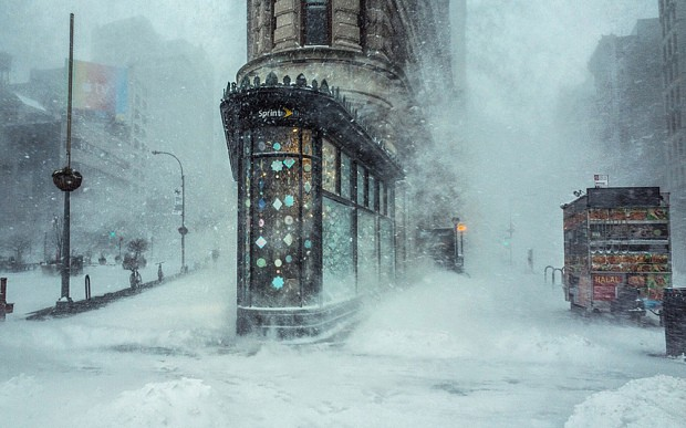 "Viral Photograph ""Blizzard"" Captures Jonas Winter Storm by Photographer Michele Palazzo"
