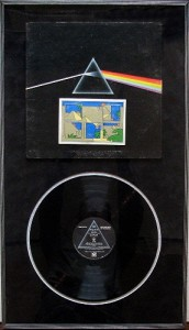 Vinyl record_Pink Floyd_plexiboxes_shadowboxes_memorabilia framing_medals_sports jerseys_​document framing_archival_framing_